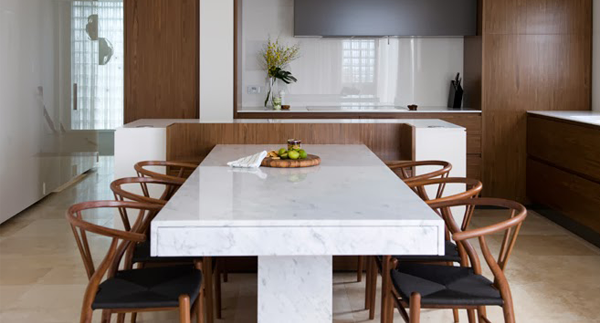 Why A Marble Worktop Is The Ideal Kitchen Centre Piece