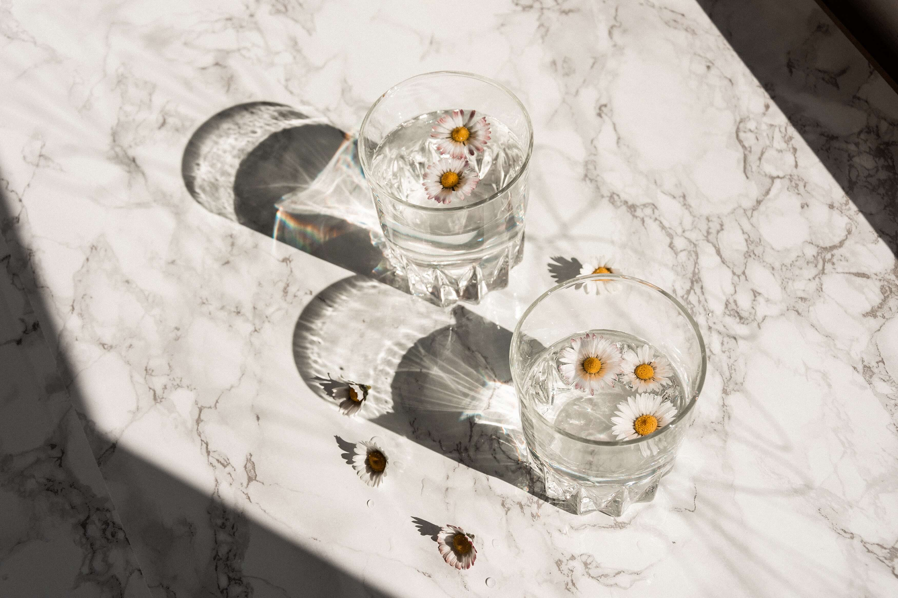 Marble effect home decor